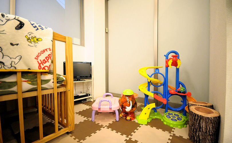 お子様づれにも安心のキッズルームを完備しております。